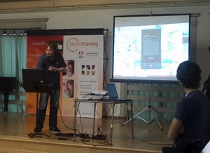 Andy presenting Team KeyLimeTie's app at the Ji-V Hack